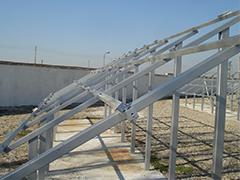 Конструкции за фотоволтаични централи на земя